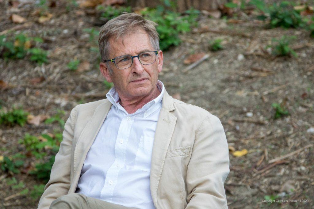 """ORTONA – Assegnato al giornalista giuliese Sandro Galantini il Premio """"The Vinum"""" per la comunicazione del vino."""