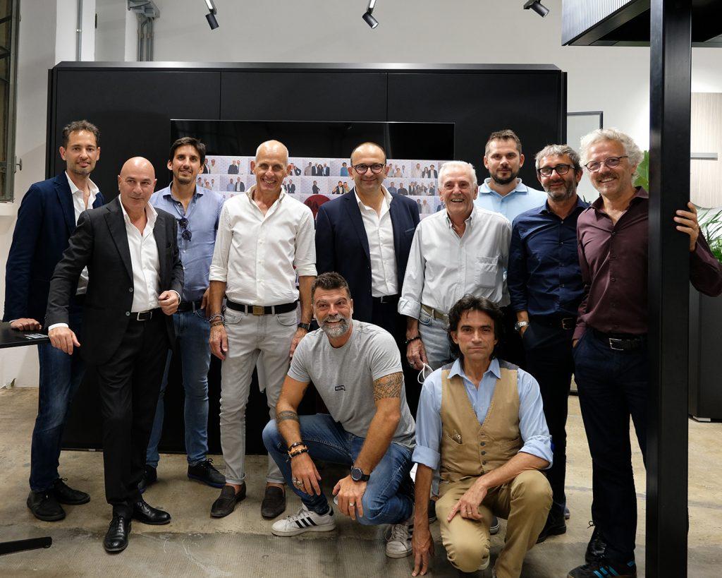 Las ha inaugurato il suo showroom a Milano